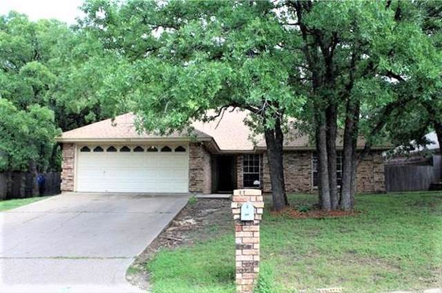 122 Camelot Drive, Weatherford, TX 76086 (MLS #14140578) :: Lynn Wilson with Keller Williams DFW/Southlake