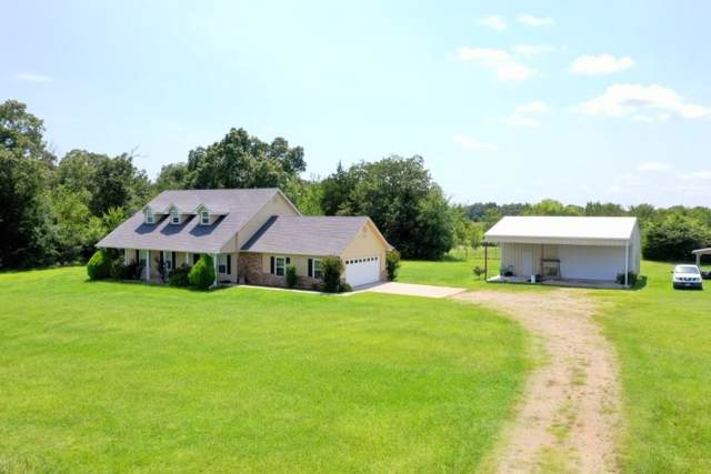 316 County Road 44250, Powderly, TX 75473 (MLS #14140685) :: The Mauelshagen Group
