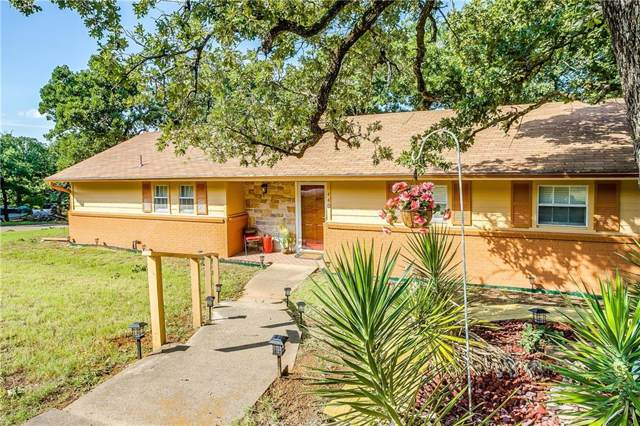 440 Wildwood Lane, Burleson, TX 76028 (MLS #14140697) :: RE/MAX Town & Country
