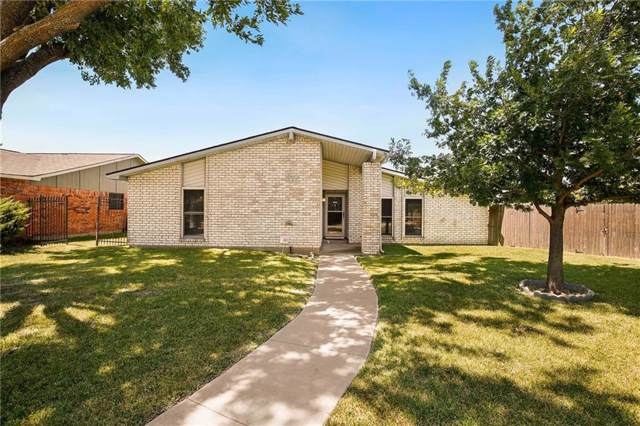 3427 Livingston Lane, Carrollton, TX 75007 (MLS #14140848) :: Tenesha Lusk Realty Group