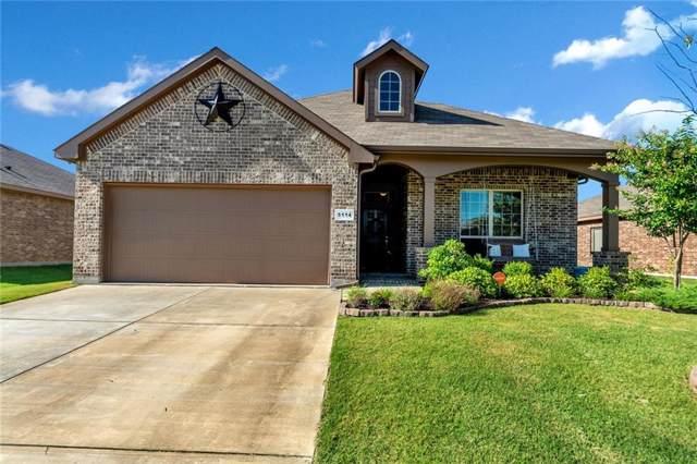 5114 Meadow Lane, Krum, TX 76249 (MLS #14140937) :: RE/MAX Town & Country