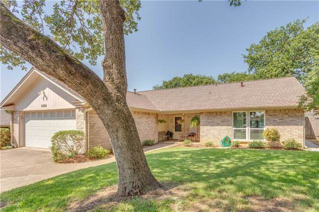 4302 Woodmeadow Court, Arlington, TX 76016 (MLS #14141045) :: RE/MAX Town & Country