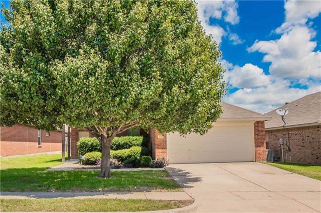 3717 Mossbrook Drive, Fort Worth, TX 76244 (MLS #14141211) :: Lynn Wilson with Keller Williams DFW/Southlake
