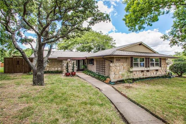2111 Custer Parkway, Richardson, TX 75080 (MLS #14141212) :: Team Hodnett
