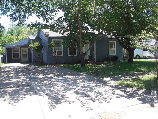 126 Saint Clair Drive E, Irving, TX 75061 (MLS #14141297) :: Lynn Wilson with Keller Williams DFW/Southlake