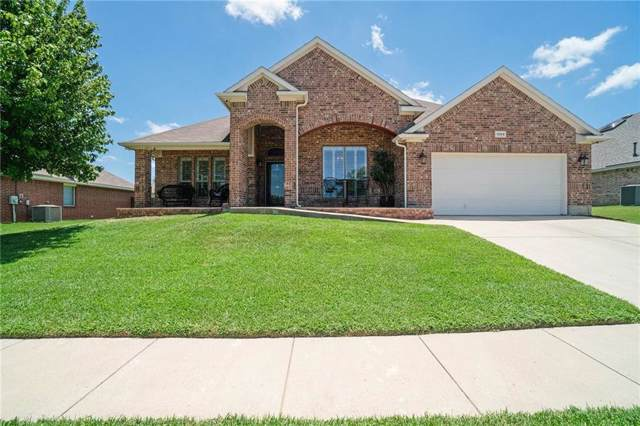 1304 Linwood Lane, Edgecliff Village, TX 76134 (MLS #14141355) :: RE/MAX Town & Country