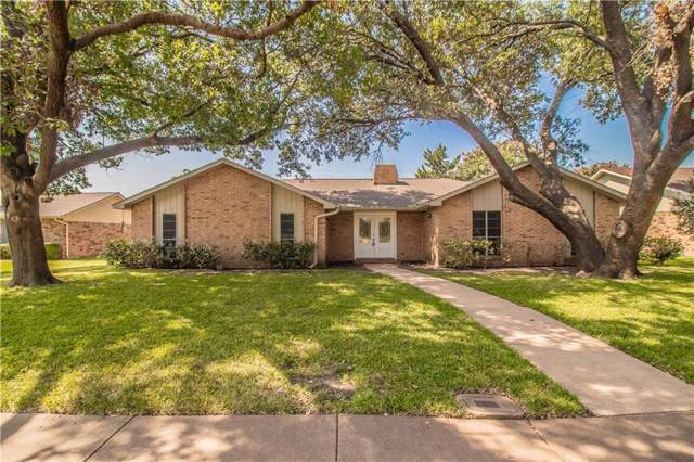 6732 Town Bluff Drive, Dallas, TX 75248 (MLS #14141391) :: RE/MAX Town & Country