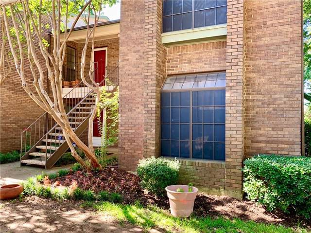 2505 Wedglea Drive #130, Dallas, TX 75211 (MLS #14141594) :: RE/MAX Town & Country