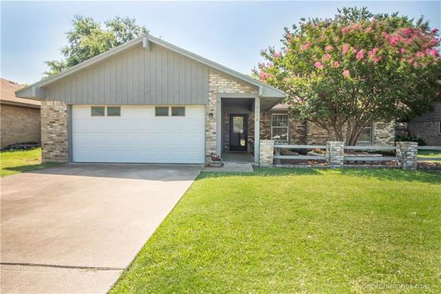 2116 Southmoor Drive, Carrollton, TX 75006 (MLS #14141869) :: RE/MAX Town & Country
