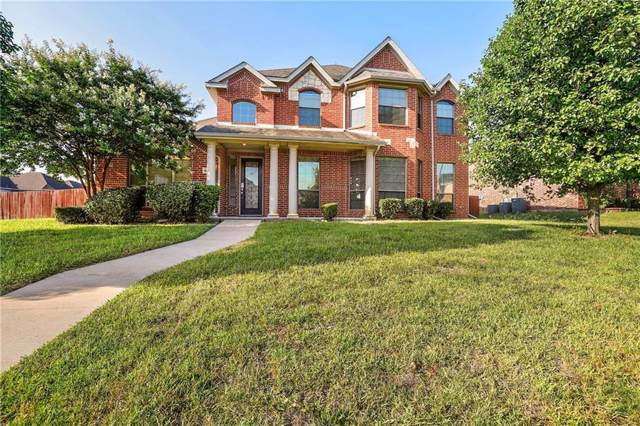 1604 Stray Horn Drive, Desoto, TX 75115 (MLS #14141921) :: Lynn Wilson with Keller Williams DFW/Southlake