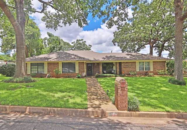 1020 David Drive, Tyler, TX 75703 (MLS #14141926) :: Lynn Wilson with Keller Williams DFW/Southlake