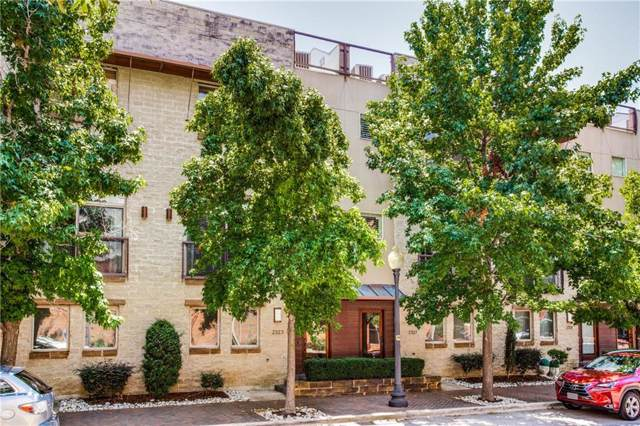 2323 Clark Street, Dallas, TX 75204 (MLS #14141955) :: Kimberly Davis & Associates