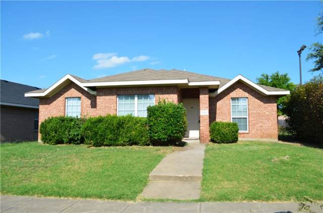 720 Duke Drive, Desoto, TX 75115 (MLS #14142066) :: Kimberly Davis & Associates
