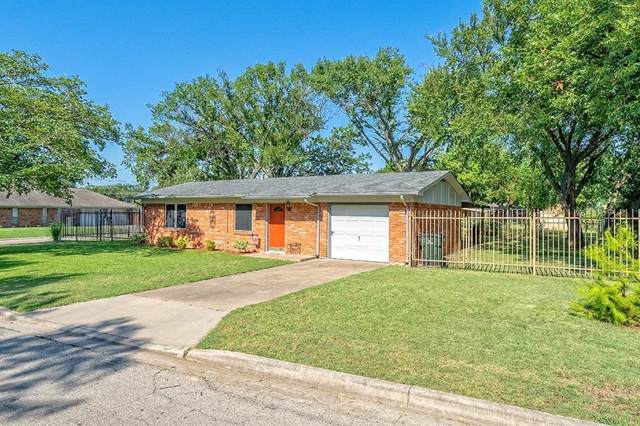 601 Denton Street, Sanger, TX 76266 (MLS #14142130) :: Lynn Wilson with Keller Williams DFW/Southlake