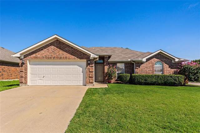 1523 Loveland Drive, Arlington, TX 76018 (MLS #14142317) :: RE/MAX Town & Country