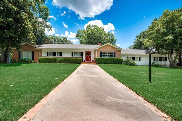 1901 Sycamore Avenue, Corsicana, TX 75110 (MLS #14142383) :: All Cities Realty