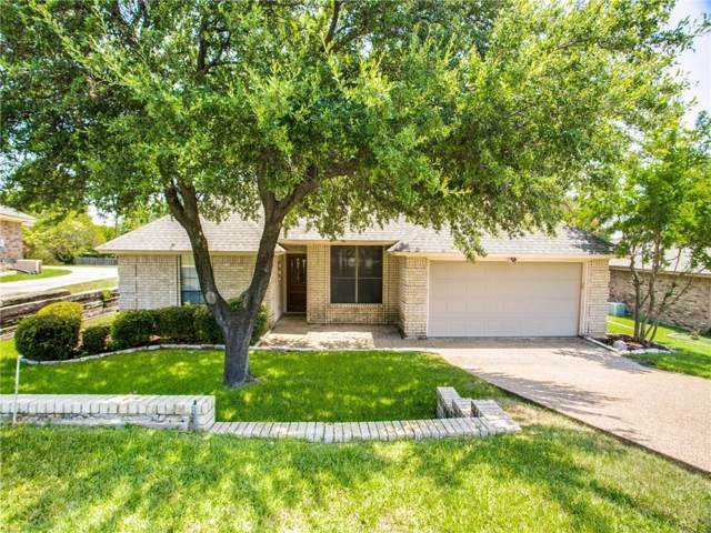 1317 Nueces Court, Benbrook, TX 76126 (MLS #14142387) :: Lynn Wilson with Keller Williams DFW/Southlake