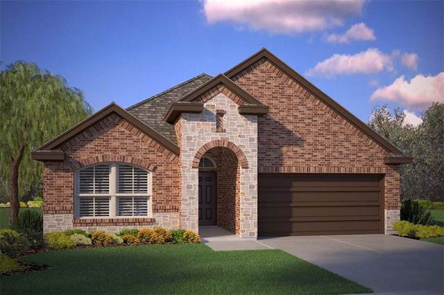 127 Wagon Wheel Drive, Waxahachie, TX 75167 (MLS #14142454) :: Kimberly Davis & Associates