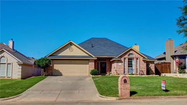 104 Meadow View Drive, Justin, TX 76247 (MLS #14142471) :: Lynn Wilson with Keller Williams DFW/Southlake