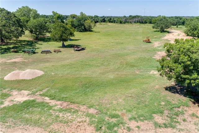 1032 N 44 Lane, Weatherford, TX 76085 (MLS #14142579) :: Premier Properties Group of Keller Williams Realty