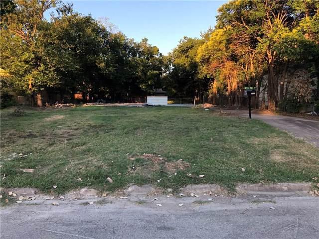 2822 Ash Park Drive, Richland Hills, TX 76118 (MLS #14142589) :: Lynn Wilson with Keller Williams DFW/Southlake