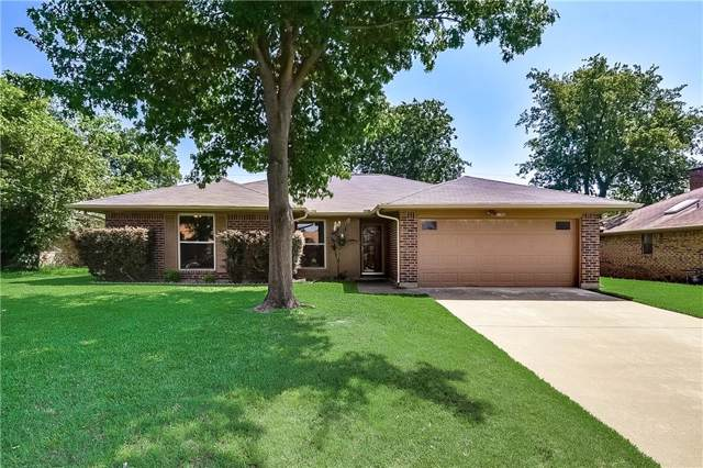 1102 Lena Street, Cleburne, TX 76033 (MLS #14142630) :: RE/MAX Town & Country