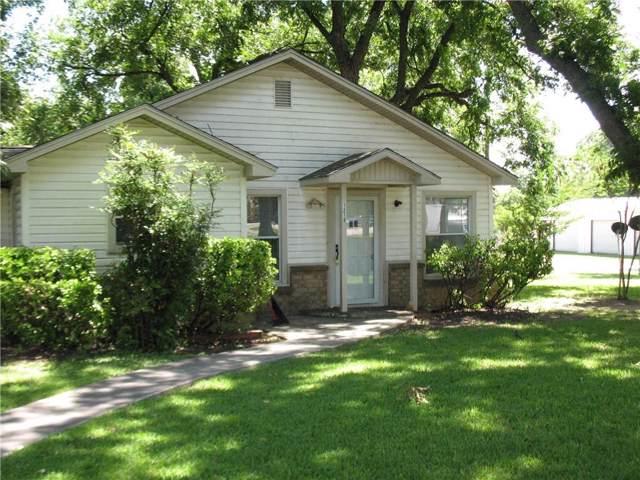 1210 E Central Avenue, Comanche, TX 76442 (MLS #14142742) :: Potts Realty Group