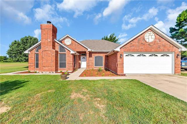 3017 English Creek Drive, Azle, TX 76020 (MLS #14142753) :: Lynn Wilson with Keller Williams DFW/Southlake
