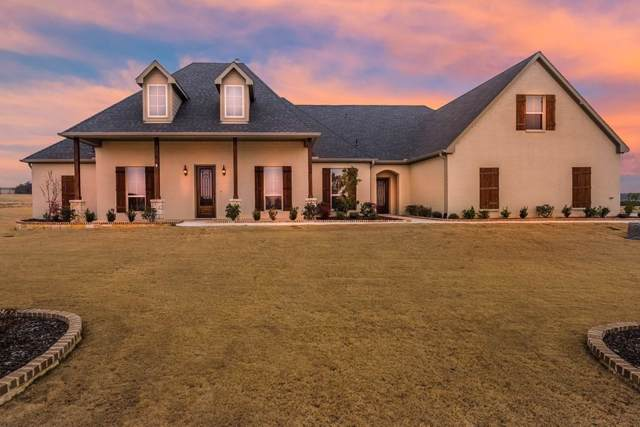 127 Trace Drive, Weatherford, TX 76087 (MLS #14143195) :: Kimberly Davis & Associates