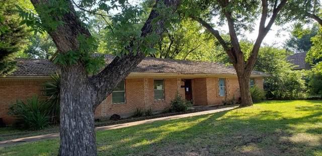 1001 E Elm Street, Hillsboro, TX 76645 (MLS #14143328) :: Kimberly Davis & Associates
