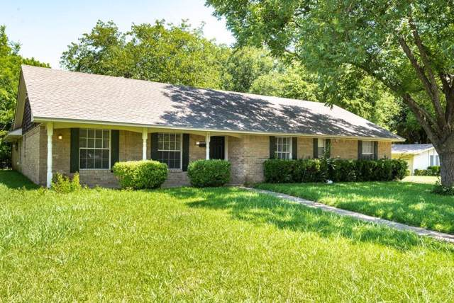 321 Valleyglen Drive, Desoto, TX 75115 (MLS #14143333) :: Kimberly Davis & Associates