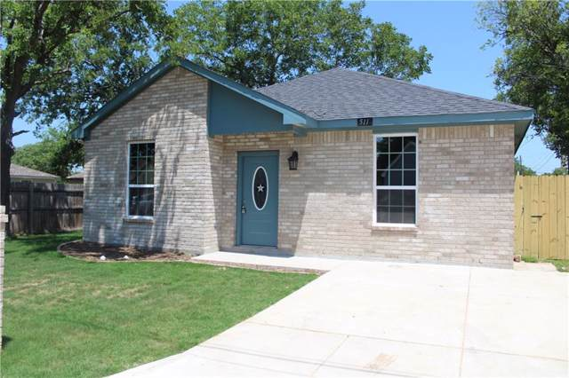 511 E Willingham Street, Cleburne, TX 76031 (MLS #14143569) :: Lynn Wilson with Keller Williams DFW/Southlake