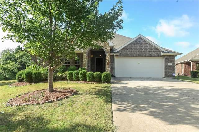 1300 Edinburgh Circle, Glenn Heights, TX 75154 (MLS #14143718) :: The Daniel Team