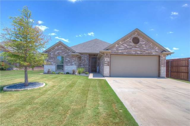 111 Donna Circle, Granbury, TX 76049 (MLS #14143902) :: RE/MAX Town & Country