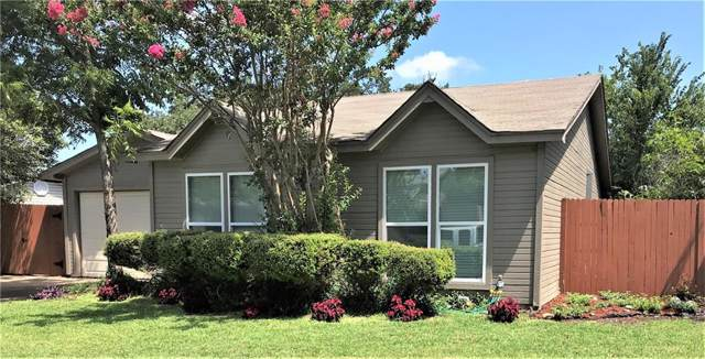 3811 Indian Wells Drive, Arlington, TX 76017 (MLS #14144118) :: RE/MAX Town & Country