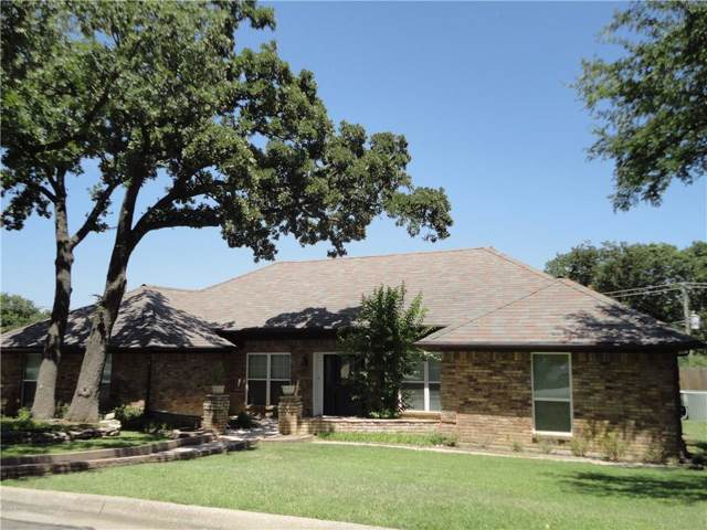 2409 Meandering Way, Arlington, TX 76011 (MLS #14144469) :: Vibrant Real Estate