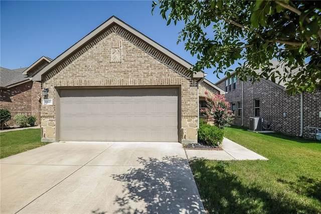 2821 Houston Wood Drive, Fort Worth, TX 76244 (MLS #14144961) :: Lynn Wilson with Keller Williams DFW/Southlake