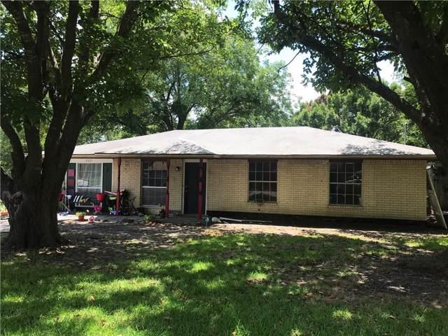 203 Sandy Lane, Waxahachie, TX 75165 (MLS #14145295) :: Kimberly Davis & Associates