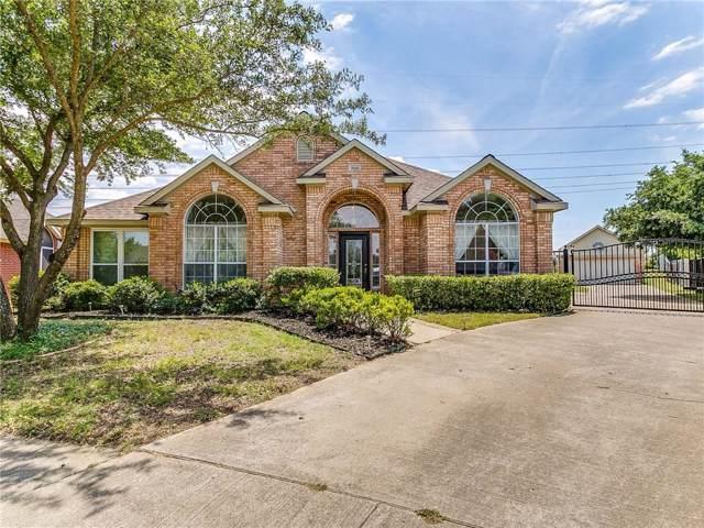7026 Echo Lake Court, Arlington, TX 76001 (MLS #14146227) :: Frankie Arthur Real Estate