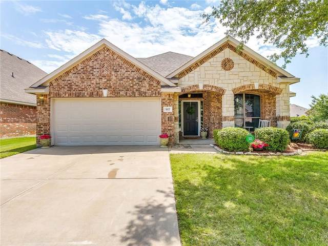 917 Monticello Drive, Burleson, TX 76028 (MLS #14146386) :: The Mitchell Group