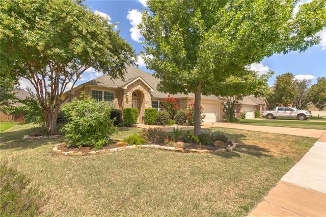 211 Rock Meadow Trail, Mansfield, TX 76063 (MLS #14147317) :: The Hornburg Real Estate Group