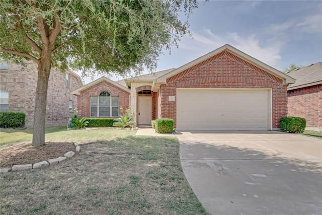 609 Cunningham Drive, Arlington, TX 76002 (MLS #14149941) :: Frankie Arthur Real Estate