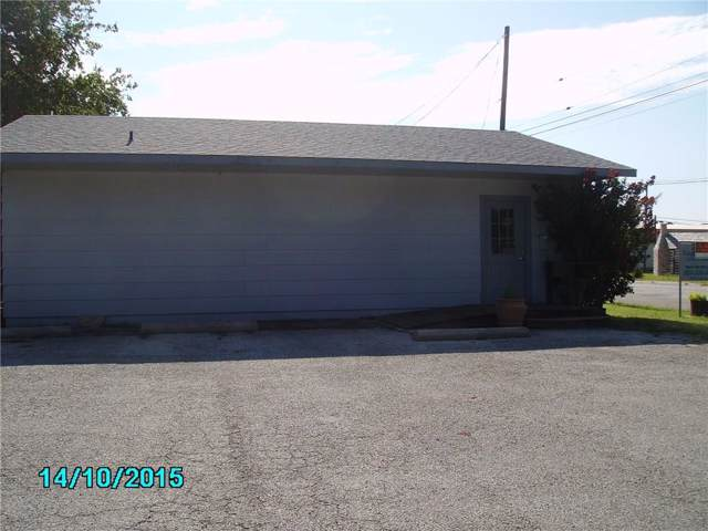 307 W Grand Avenue, Comanche, TX 76442 (MLS #14150091) :: Kimberly Davis & Associates