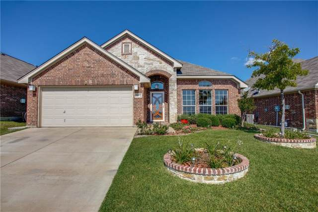 12425 Woods Edge Trail, Fort Worth, TX 76244 (MLS #14151466) :: Real Estate By Design