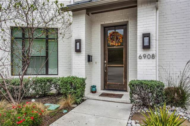 6908 Chantilly Court, Dallas, TX 75214 (MLS #14154591) :: Tenesha Lusk Realty Group