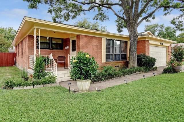 8518 Greenmound Avenue, Dallas, TX 75227 (MLS #14154943) :: NewHomePrograms.com LLC