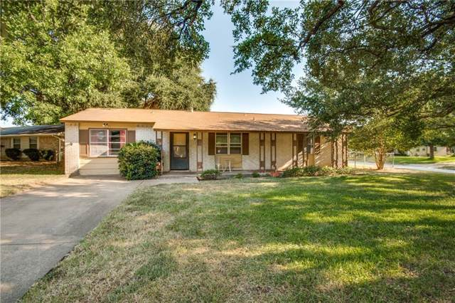 608 Midway Drive W, Euless, TX 76039 (MLS #14155400) :: RE/MAX Pinnacle Group REALTORS