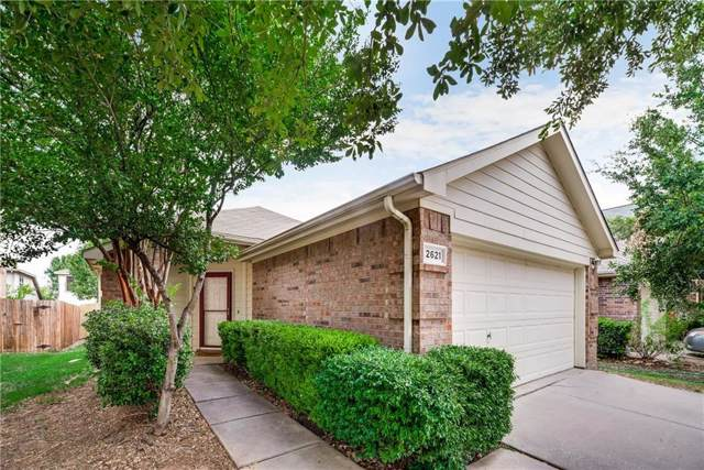 2621 Mountain Lion Drive, Fort Worth, TX 76244 (MLS #14155576) :: Frankie Arthur Real Estate