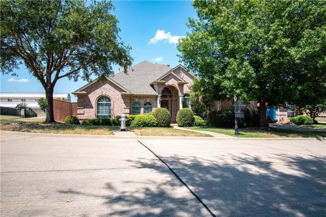 2011 Stone Canyon Court, Arlington, TX 76012 (MLS #14155625) :: The Chad Smith Team