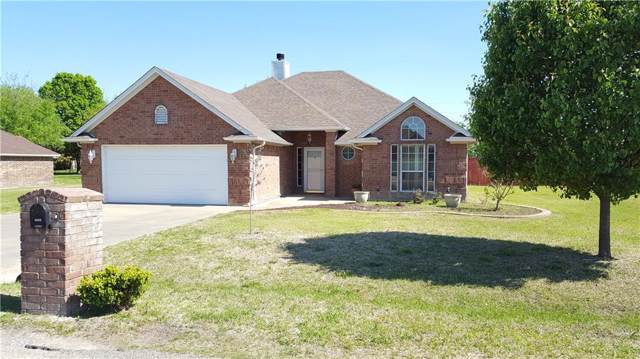 1909 Lazy Court, Granbury, TX 76048 (MLS #14155961) :: Kimberly Davis & Associates